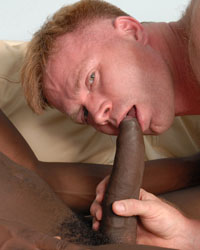 Gay Interracial Sex : Giovanni Snow!