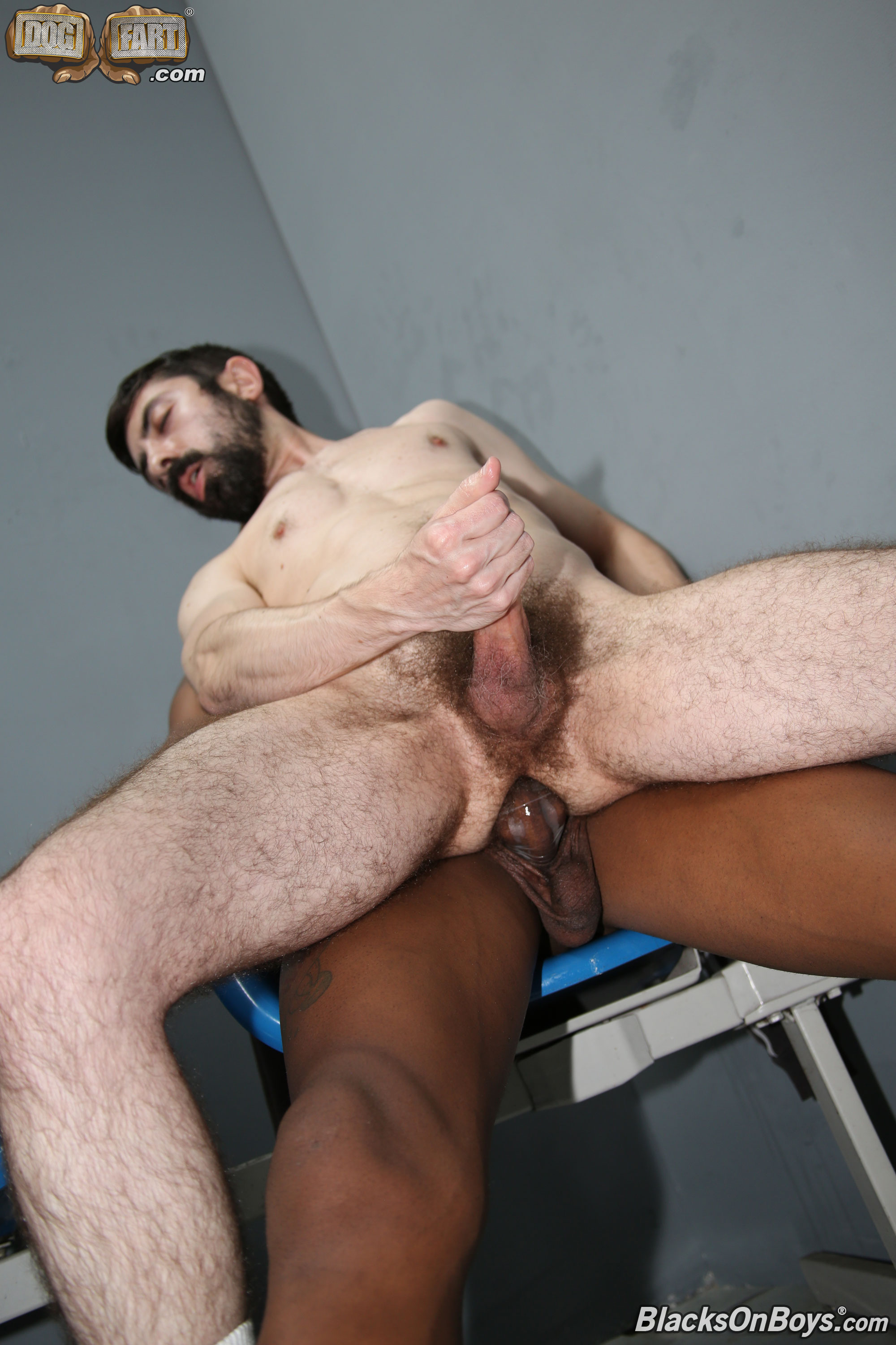 clip free gay hot muscular trucker
