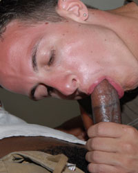 Gay Interracial Sex : Dakota!